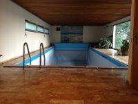 35 Esslingen, villa with indoor swimming-pool