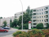 6 Neubrandenburg, 737 apartments in 19 buildings, investment, approx. 43.900 m² living area
